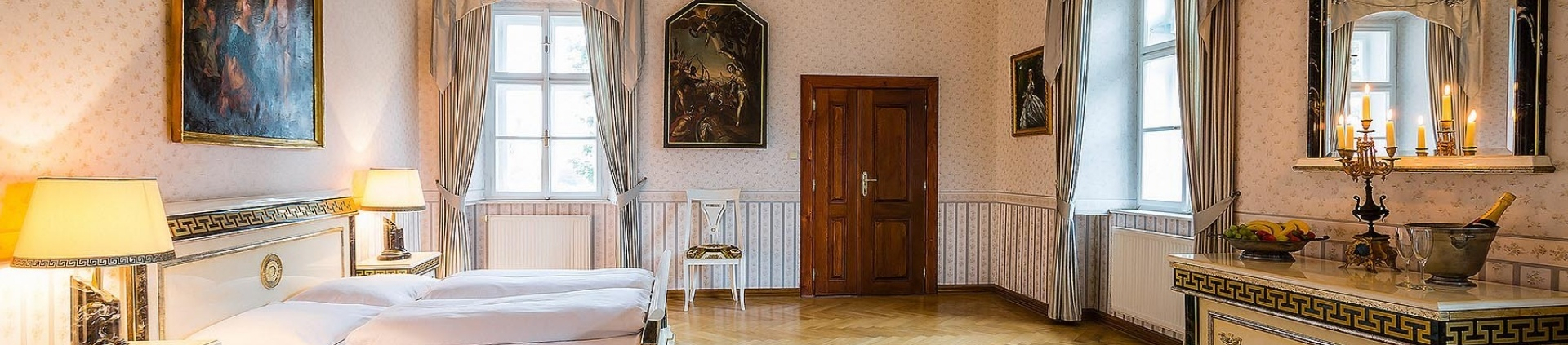VIP Château suite package